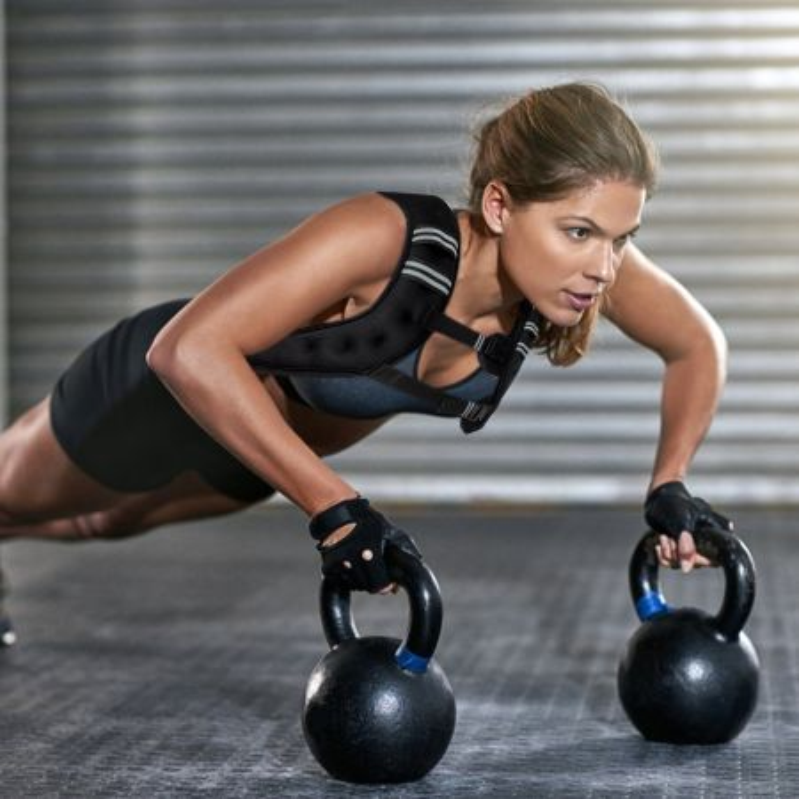 Costway Gilet con pesi da 5kg per uomini e donne, gilet sportivo con pesi, con strisce riflettenti e cinghie regolabili