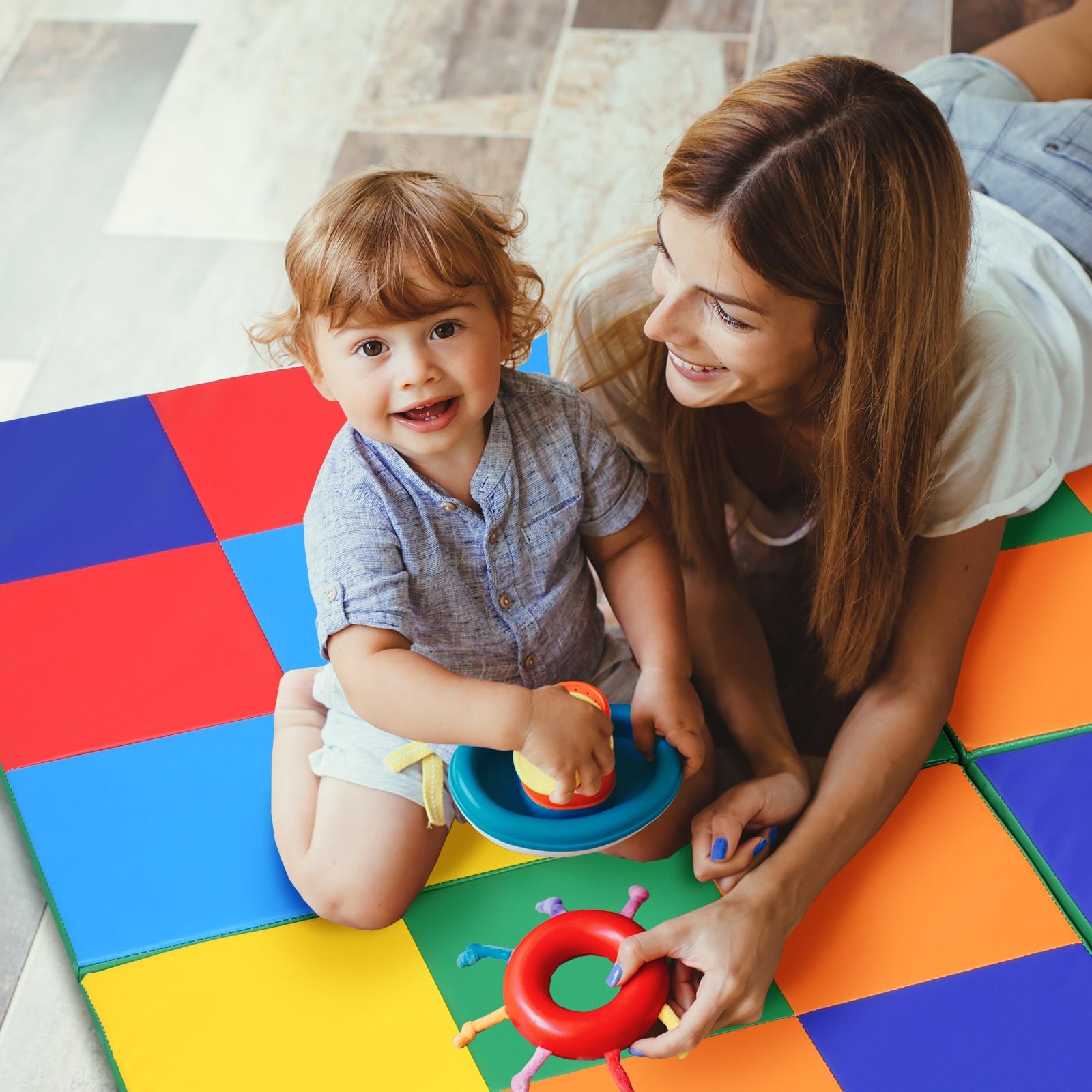 Costway Tappeto pieghevole in 4 parti per bambini Materassino colorato in schiuma 147 x 147 cm